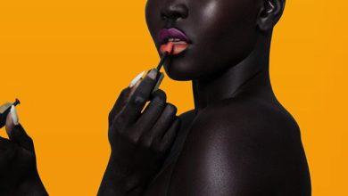 Photo de Qui est Nyakim Gatwech la femme à la peau la plus noire du monde ?